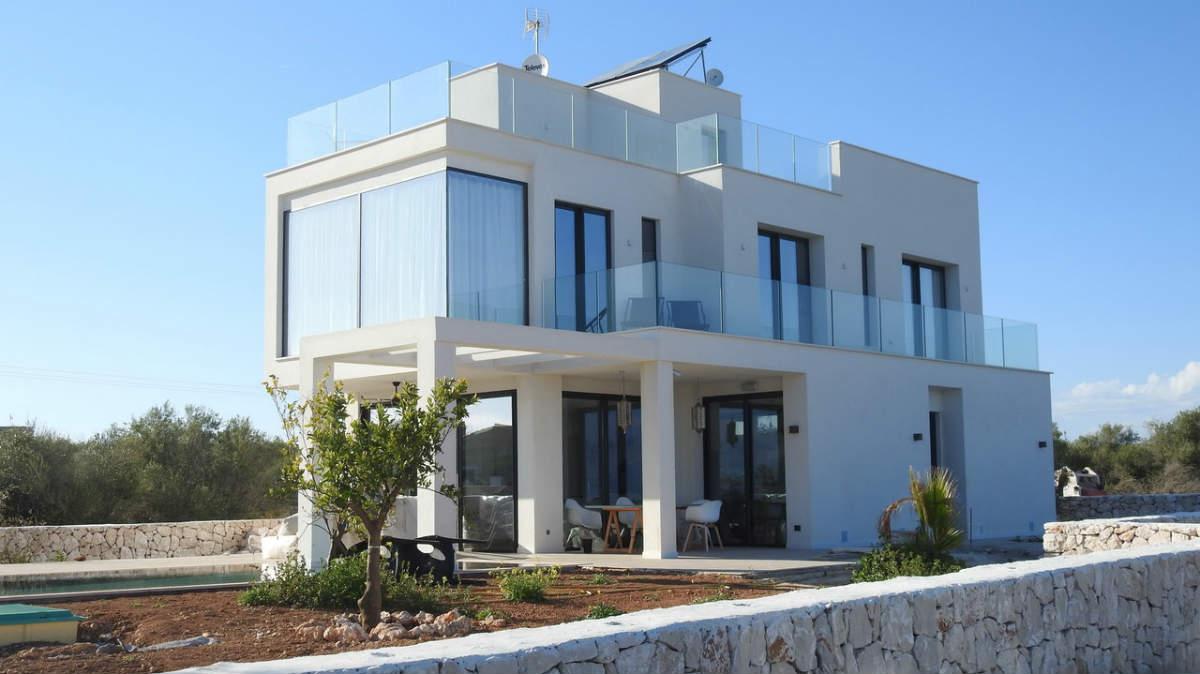 shajwal real-estate-slider three